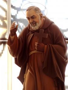 BR-Statue Padre Pio 3 -sept 2013