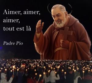 Padre Pio Benediction tx de la foule 2013